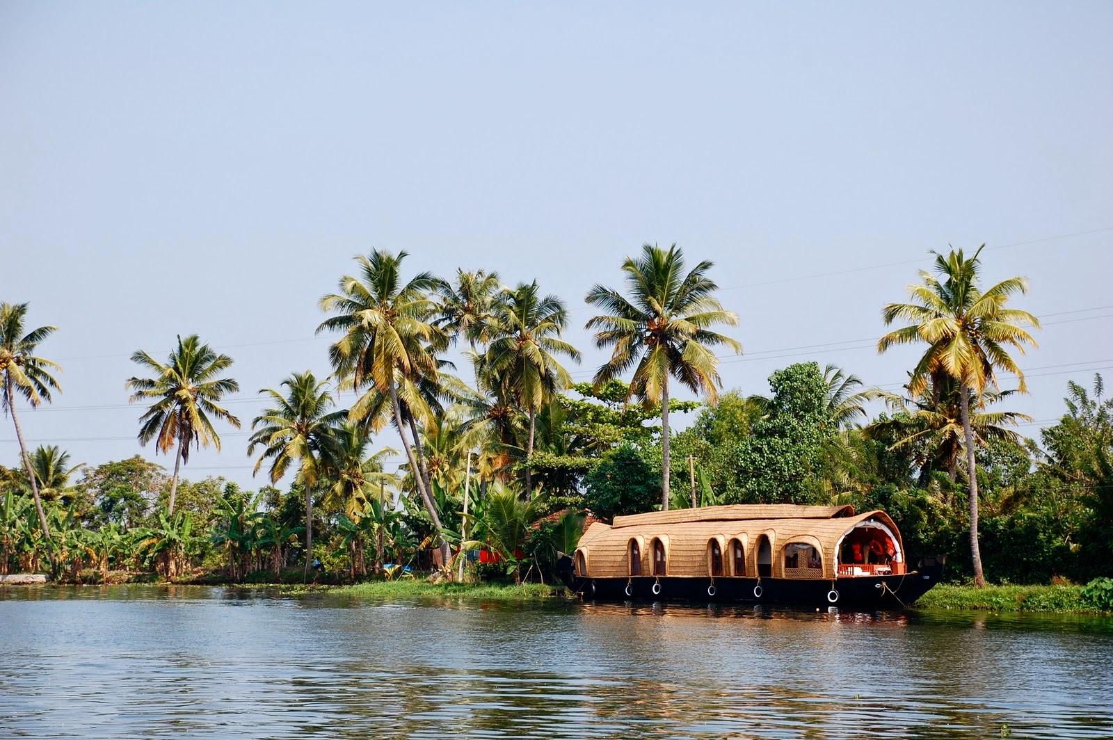 Kollam Backwaters india
